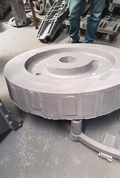 Ferrous casting, wheel casting, steel casting, foundry melbourne, foundry australia, cast sheaves, forged sheaves, sheave, Gearbox case, cast gearbox